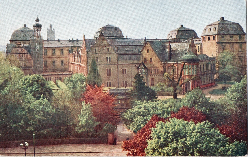 Darmstadt - GD Palace with Garden