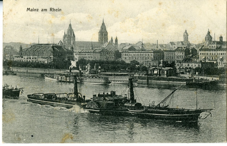 Mainz - View from Rhein B&W.jpg