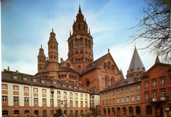 Mainz - Dom from the West